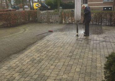Bestrating schoonmaken Hoveniersbedrijf Weerman